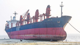 Ran aground, not removed in 2yrs